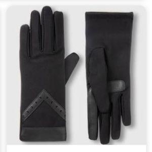 Isotoner Black SmartDri Gloves